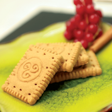 """Cinnamon """"Petit beurre"""" biscuits  (pack of 2)"""